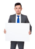 Biznesmena przedstawienie z białym sztandarem Fotografia Royalty Free