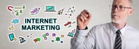 Biznesmena rysunkowego interneta marketingowy pojęcie Fotografia Stock