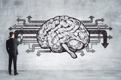 Biznesmena rysunkowy mózg na betonowej ścianie Obraz Royalty Free