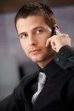biznesmena używać przystojny mobilny fotografia royalty free