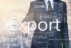 biznesmena writing eksport na przejrzystej desce z miastem w bac obrazy stock