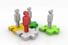 Biznesmeni stoją na różnych barwionych łamigłówka kawałkach Zdjęcie Stock