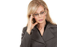 Biznesowa kobieta ma migrenę obrazy stock