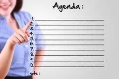 Biznesowa kobieta wyznacza agendy listę Fotografia Stock