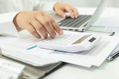 Biznesowa księgowość księgowości i skontrum nauczanie Ordynacyjna praca zdjęcie stock
