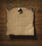 biznesowa nutowego papieru ściana drewniana Fotografia Royalty Free