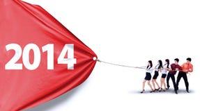 Biznesowa pracy zespołowej ciągnienia liczba 2014 Fotografia Royalty Free
