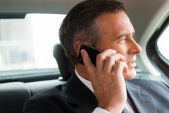 Biznesowa rozmowa w samochodzie Zdjęcia Royalty Free