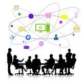 biznesowego biznesmena cmputer biurka laptopu spotkania ja target1953_0_ target1954_0_ używać kobiety Fotografia Stock