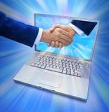 biznesowego komputeru uścisk dłoni internety Obraz Stock