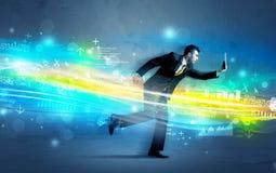 Biznesowego mężczyzna bieg w zaawansowany technicznie falowym pojęciu Zdjęcie Royalty Free