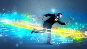 Biznesowego mężczyzna bieg w zaawansowany technicznie falowym pojęciu Zdjęcia Stock