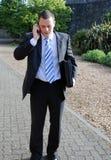 biznesowego mężczyzna telefonu target1728_0_ Zdjęcia Stock
