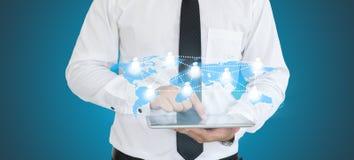 Biznesowego mężczyzna use pastylki technologia Zdjęcia Stock