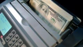 biznesowego pojęcia odosobniony sukcesu biel Gotówkowa odliczająca maszyna odliczający maszynowy pieniądze zdjęcie wideo