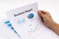 Biznesowego raportu i mężczyzna ręka Obraz Stock