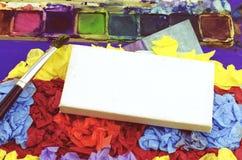 Biznesowego sukcesu pojęcie nad małą białą kanwy ramą dalej miie tekstura koloru papier, Obraz Stock