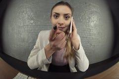biznesowego telefon komórkowy target40_0_ kobieta zdjęcia stock