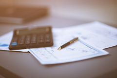 Biznesowego wykresu analizy raport księgowość Zdjęcie Royalty Free