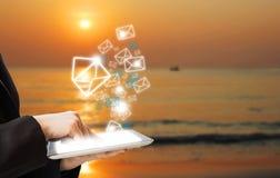 Biznesowej kobiety dosłania emaila marketing Obrazy Stock