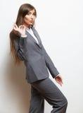 Biznesowej kobiety mody stylu odosobniony portret. Kobiety wzorcowy st Fotografia Stock
