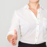 Biznesowej kobiety oferty uścisk dłoni Zdjęcia Stock