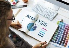 Biznesowej kobiety Pasztetowej mapy analizy pojęcie Zdjęcie Stock