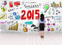 Biznesowej kobiety rysunku krok sukces w roku 2015 na biel ścianie Fotografia Royalty Free