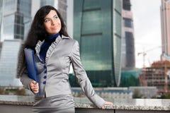 Biznesowej kobiety uśmiechy Fotografia Stock