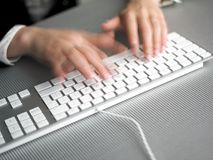biznesowej prędkości pośpieszny pisać na maszynie Zdjęcia Royalty Free