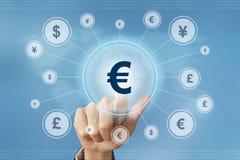 Biznesowej ręki prasy waluty euro guzik Obrazy Royalty Free