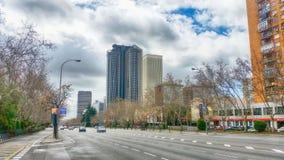 Biznesowi budynki Paseo De Los Angeles Castellana w Madryt zdjęcie stock