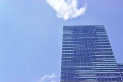 Biznesowy budynek w Collogne obrazy stock
