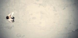 Biznesowy mężczyzna od odgórnej pozyci z kopii przestrzenią Obraz Royalty Free