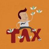 Biznesowy mężczyzna skacze nad podatku słowem Fotografia Royalty Free