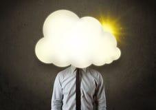 biznesowy mężczyzna w koszula i krawat z pogodną chmurą przewodzimy pojęcie obraz stock