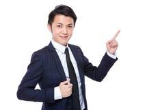 Biznesowy mężczyzna z palcowym punktem up Obrazy Royalty Free