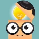 Biznesowy mężczyzna z pomysł żarówki głowy pojęciem Zdjęcia Royalty Free