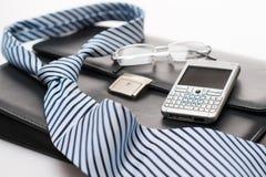 Biznesowy mens akcesoriów krawata teczki telefon Zdjęcie Royalty Free
