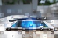 Biznesowy mockup Biurowy obieg Ikony na wirtualnym ekranie Interneta i technologii cyfrowej pojęcie Obraz Stock