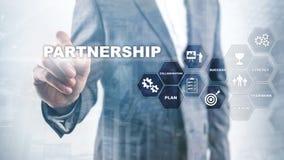 biznesowy partnerstwa poj?cie Pomy?lna transakcja po wielkiego spotkania E zdjęcia stock