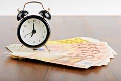 Biznesowy pojęcie czas jest pieniądze Zdjęcia Royalty Free