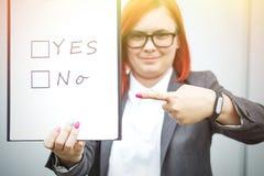 Biznesowy pojęcie wybór i głosować Kobieta w gla i kostiumu Zdjęcie Stock