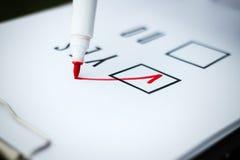 Biznesowy pojęcie wybór i głosować Kobieta w gla i kostiumu Zdjęcia Stock