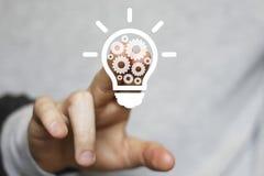 Biznesowy pomysł żarówki przekładni sieci inżynierii guzik Zdjęcie Stock