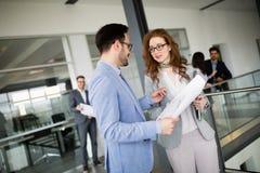 Biznesowy spotkanie i praca zespołowa ludźmi biznesu fotografia stock