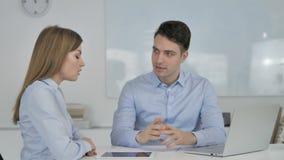 Biznesowy spotkanie, kolega Ma Biznesową rozmowę zdjęcie wideo