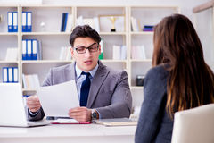Biznesowy spotkanie między biznesmenem i bizneswomanem Zdjęcie Stock