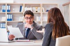 Biznesowy spotkanie między biznesmenem i bizneswomanem Obraz Stock