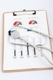 Biznesowy wykres z stetoskopem Fotografia Stock